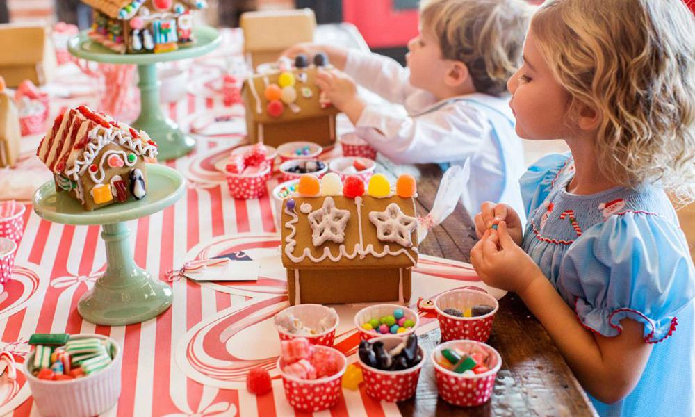 gingerbread house decoration party